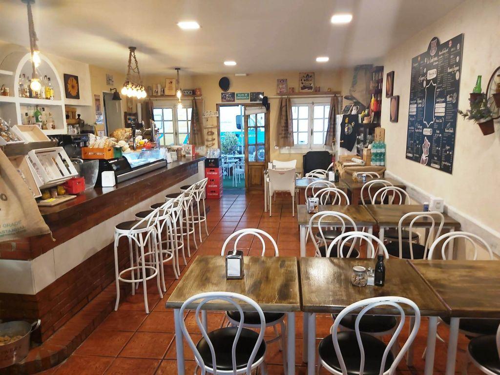 ALQUILER CAFETERIA - BAR - RESTAURANTE EN PLENO FUNCIONAMIENTO EN TORREMOLINOS